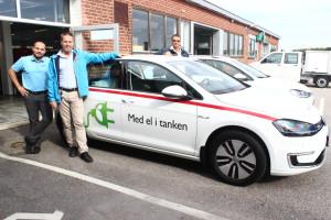 Foto:Viktor Lindberg, säljare Möller bil, Ingmar Eriksson och Aulis Määttä-Hallin. Foto Möller Bil